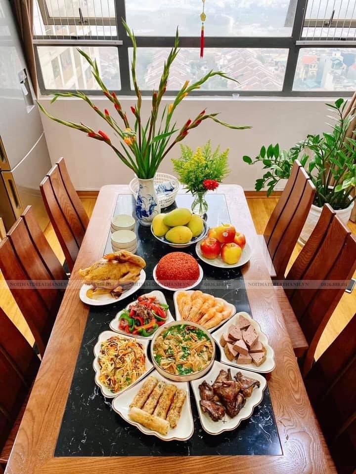 Mẫu bàn ăn gia đình Đê La Thành